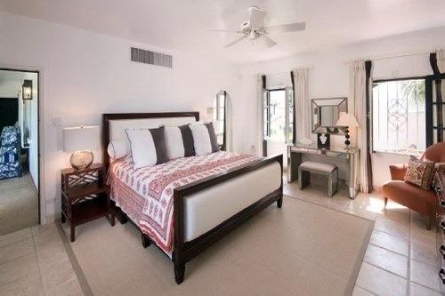 elsewhere bedroom