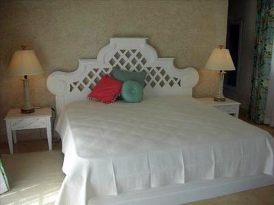 ker avel barbados bedroom