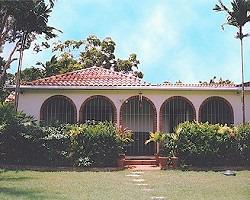 three  bedroom villa rental by owner